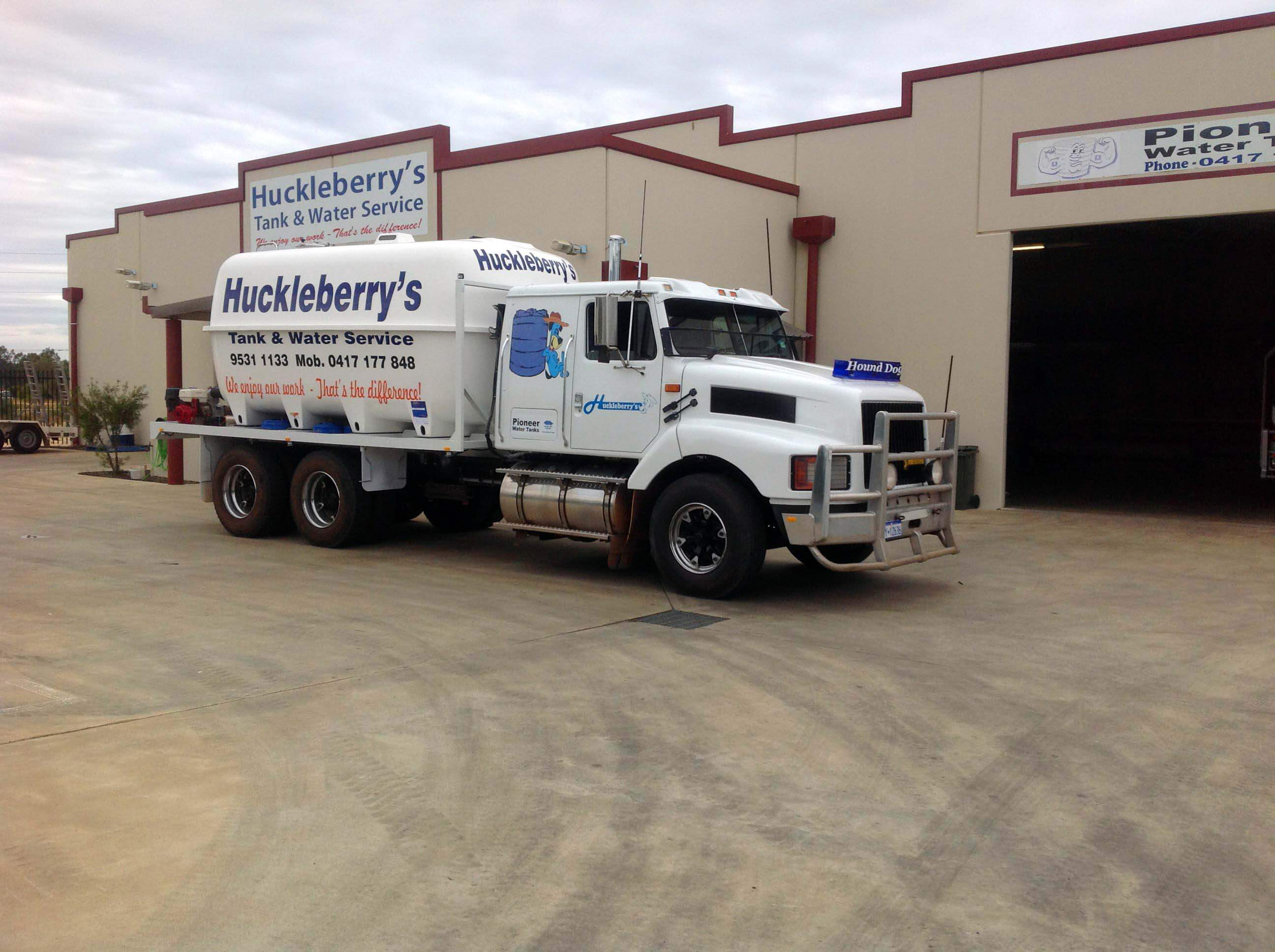 Huckleberry Tanks And Sheds - Huckleberrys Truck